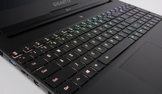 [TEST] Gigabyte Aero 15 X - Le laptop pour gamer.